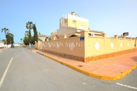 South-Facing Villa With Guest Apartment- Exclusive Surroundings  (33)
