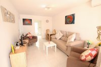 Sunny 2 Bed Ground Floor Apartment   (1)