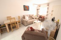 Sunny 2 Bed Ground Floor Apartment   (10)