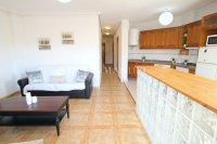 Wonderful South-Facing Apartment - Central Location! (3)