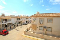 Wonderful South-Facing Apartment - Central Location! (19)