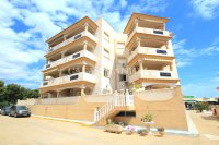 Wonderful South-Facing Apartment - Central Location! (25)