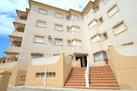 Wonderful South-Facing Apartment - Central Location! (26)