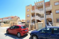 Roomy 2 Bed Apartment - Large 36sqm garden!  (30)