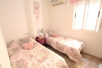 Roomy 2 Bed Apartment - Large 36sqm garden!  (21)