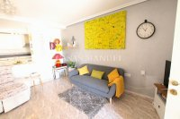 Roomy 2 Bed Apartment - Large 36sqm garden!  (12)