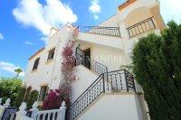 Amazing Apartment with Private Solarium - Direct Pool Views! (6)