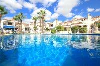 Amazing Apartment with Private Solarium - Direct Pool Views! (33)
