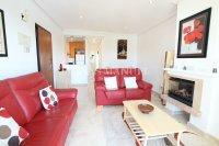 Amazing Apartment with Private Solarium - Direct Pool Views! (7)