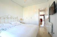 Amazing Apartment with Private Solarium - Direct Pool Views! (17)