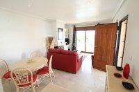 Amazing Apartment with Private Solarium - Direct Pool Views! (9)