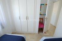 Superior 2 Bed Penthouse With Solarium + Sea Views! (19)