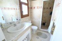 Superior 2 Bed Penthouse With Solarium + Sea Views! (17)