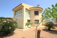 Charming 4 Bed Villa with Private Pool (7)