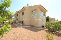 Charming 4 Bed Villa with Private Pool (34)