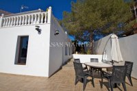 Los Balcones Villa with Double Garage and Self contained Apartment! (20)