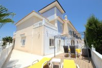 Fabulous 3 Bed End-Townhouse With Solarium - Rocio II  (1)