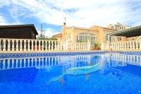 Charming 3 Bed / 3 Bath Villa With Pool + Garage (3)