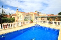 Charming 3 Bed / 3 Bath Villa With Pool + Garage