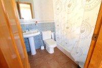 Splendid 3 Bed 2 Bath Semi-Detached Villa (21)