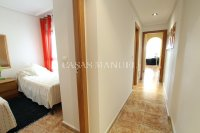Charming 2 Bed Apartment with Stunning Views! (2)
