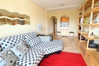 Charming 2 Bed Apartment with Stunning Views! (1)