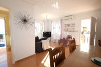Stylish 3 Bed Townhouse with Designer Interior!  (2)