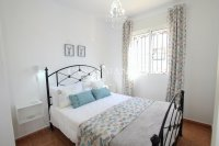 Stylish 3 Bed Townhouse with Designer Interior!  (1)