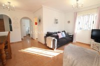 Stylish 3 Bed Townhouse with Designer Interior!  (10)
