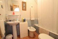 Stylish 2 Bed Apartment With Private Solarium  (11)