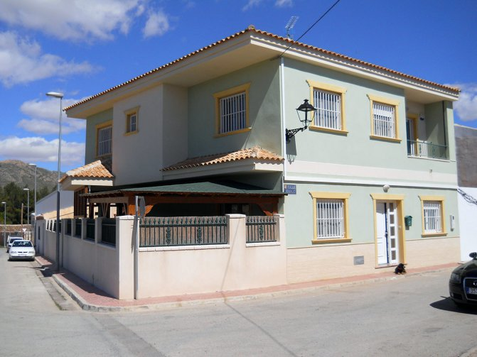 Executive town house in Cañada de la Leña