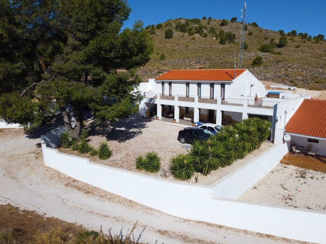 Chalet - Pinoso