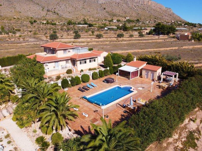 Villa - Hondon De Las Nieves