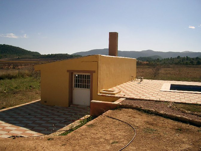 Country house for sale in pinoso 175 000 cf241 for Distinctive villas