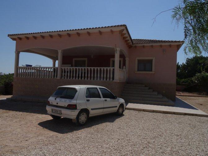 Villa Acacias