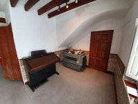 Lovely 7 Bedroom Country House with separate Guest House
