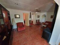 Casa Lazaro