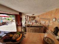 3 Houses in Monovar