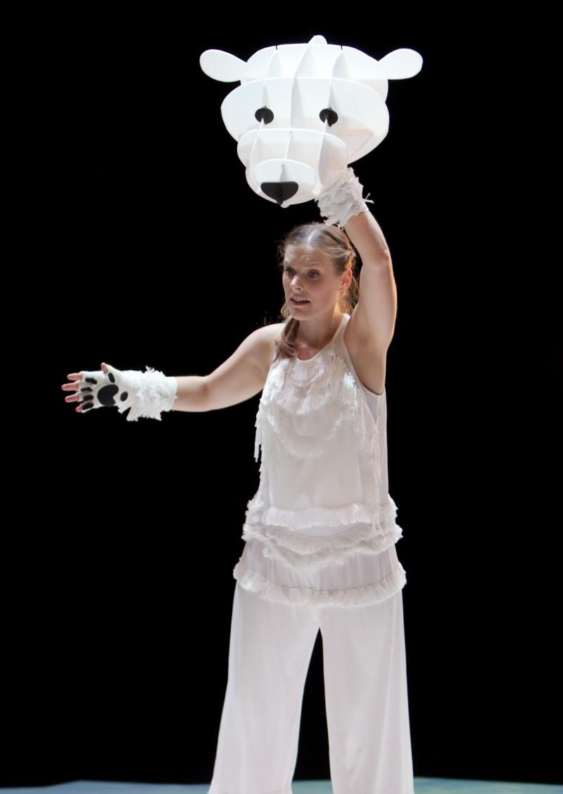 Unicorn & Filskit Theatre present the family theatre show