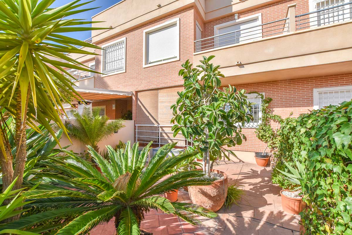 Ref:GA-65711 Townhouse For Sale in Gran Alacant