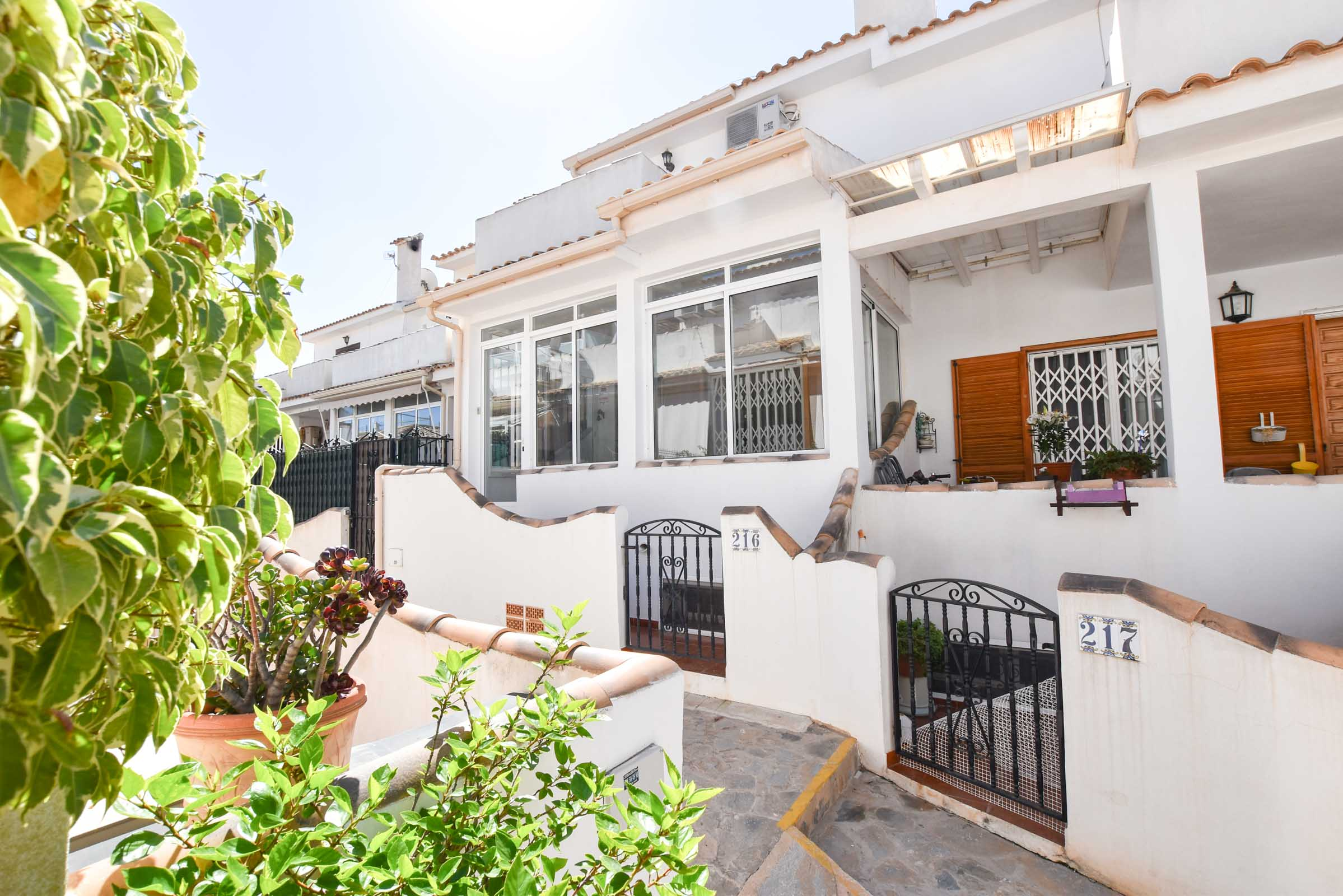 Ref:GA-40836 Townhouse For Sale in Gran Alacant