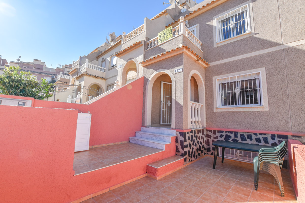 Ref:GA-57198 Townhouse For Sale in Gran Alacant