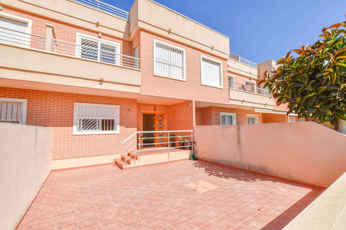 Ref:GA-96853 Townhouse For Sale in Gran Alacant