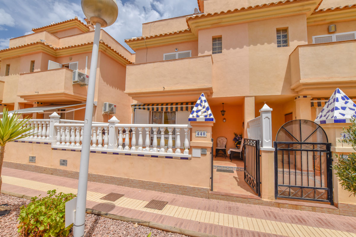 Ref:GA-11243 Townhouse For Sale in Gran Alacant