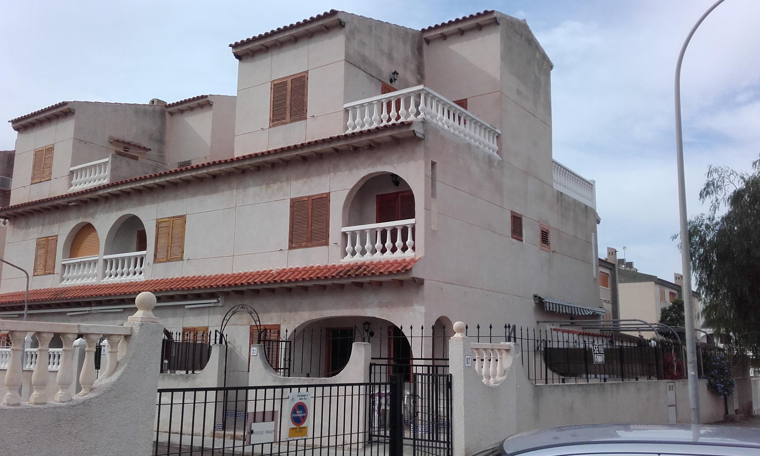 Ref:GA-73076 Townhouse For Sale in Santa Pola