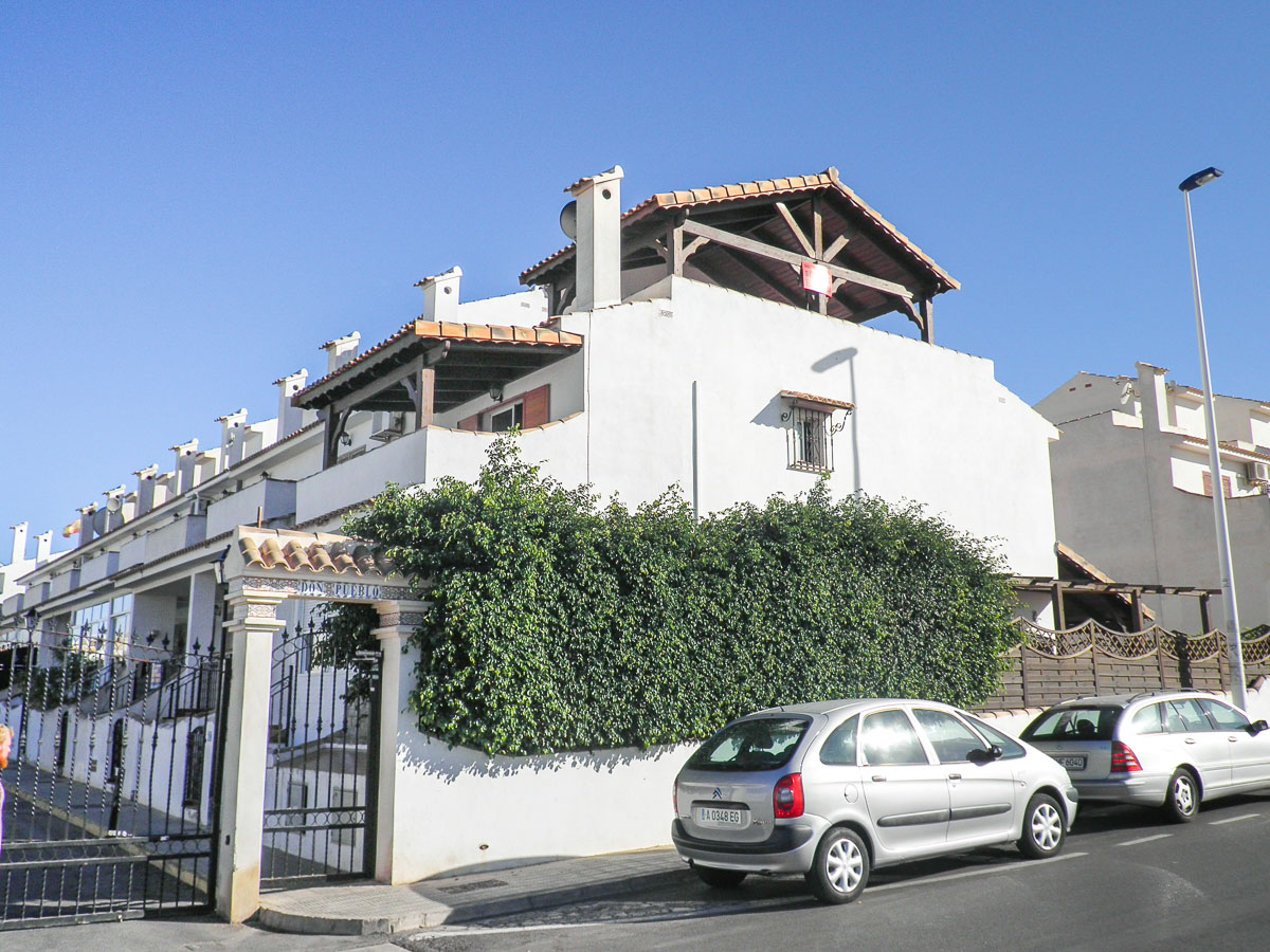 Ref:GA-63554 Townhouse For Sale in Gran Alacant