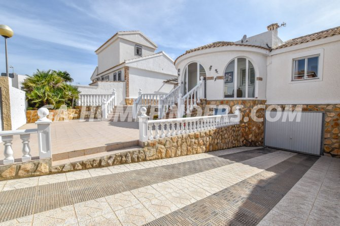 Chalet Semi-Independiente in Gran Alacant