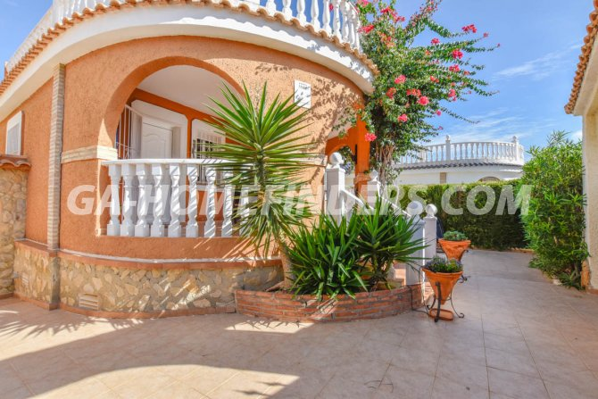 Semi-Detached Villa in Gran Alacant