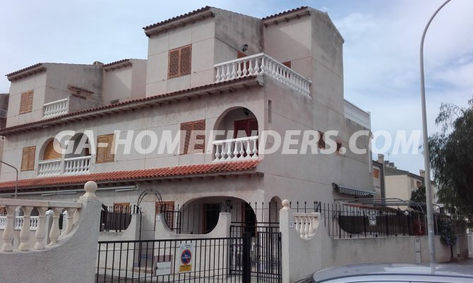Semi-Detached Villa in Santa Pola
