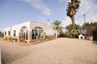detached villa in las bayas (22)